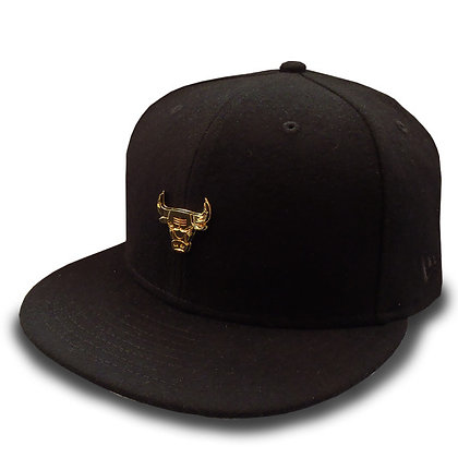 Men's Chicago Bulls New Era Gold Liquid Metal Logo Wool Black 9FIFTY Snapback