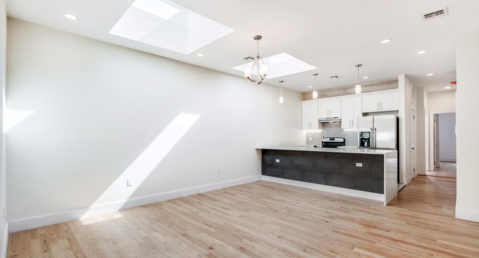 106 dahill unit 3 kitchen2.jpg