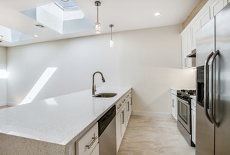 106 dahill unit 3 kitchen.jpg