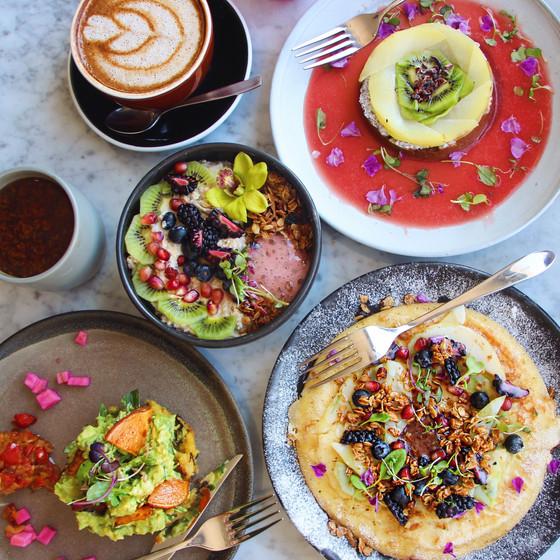 A Vegan's Guide to the Toronto Restaurant Scene