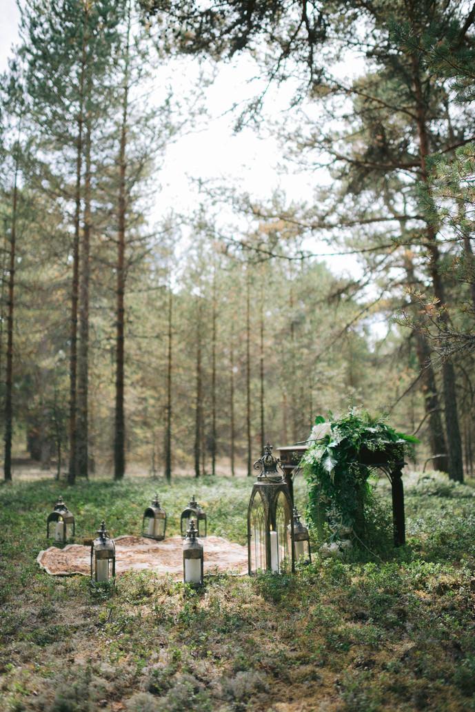 pulma-dekoratsioonid-pulmad-metsas