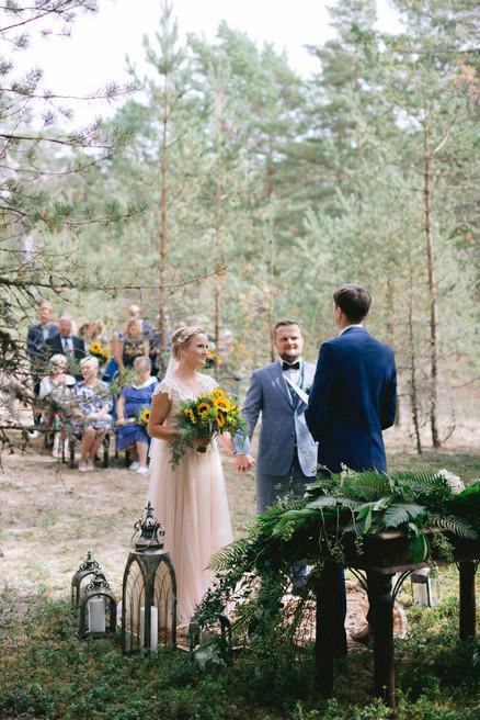 abielu-tseremoonia-hiiumaal