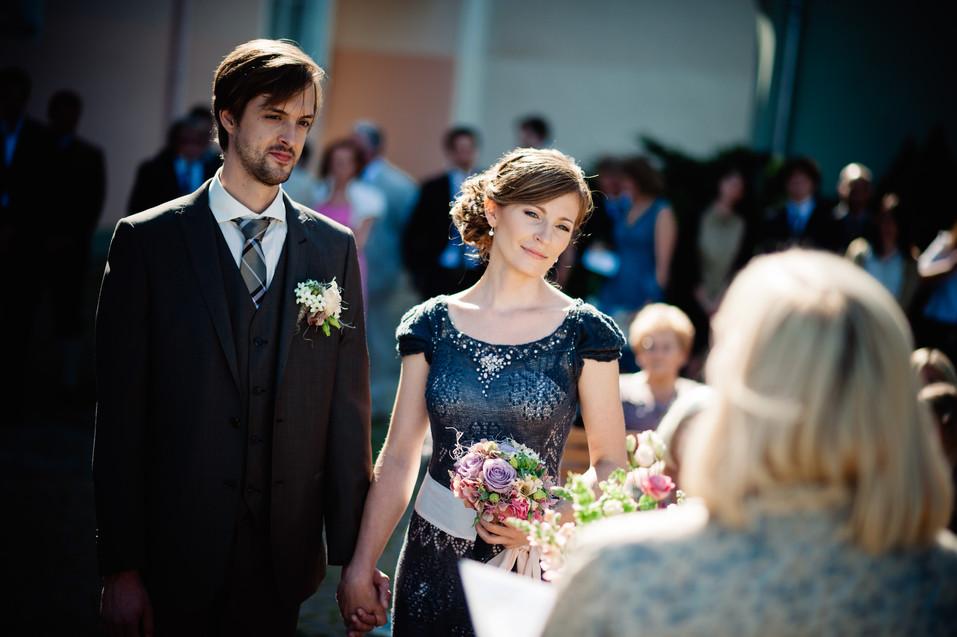 pruutpaar-abielu-registreerimisel