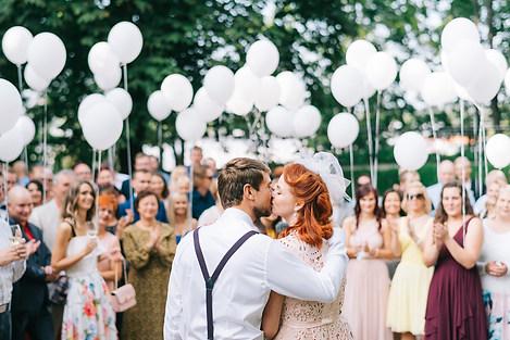 pulmafotod-pulmapildid-pruutpaar-toomemäel-pulmad-tartus