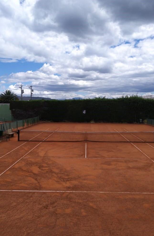 Cancha de tenis No. 4