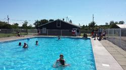 Renfrew Camping swimming pool