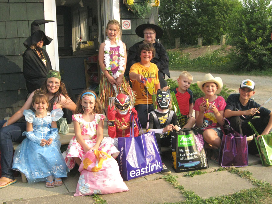 Renfrew Camping Halloween costumes