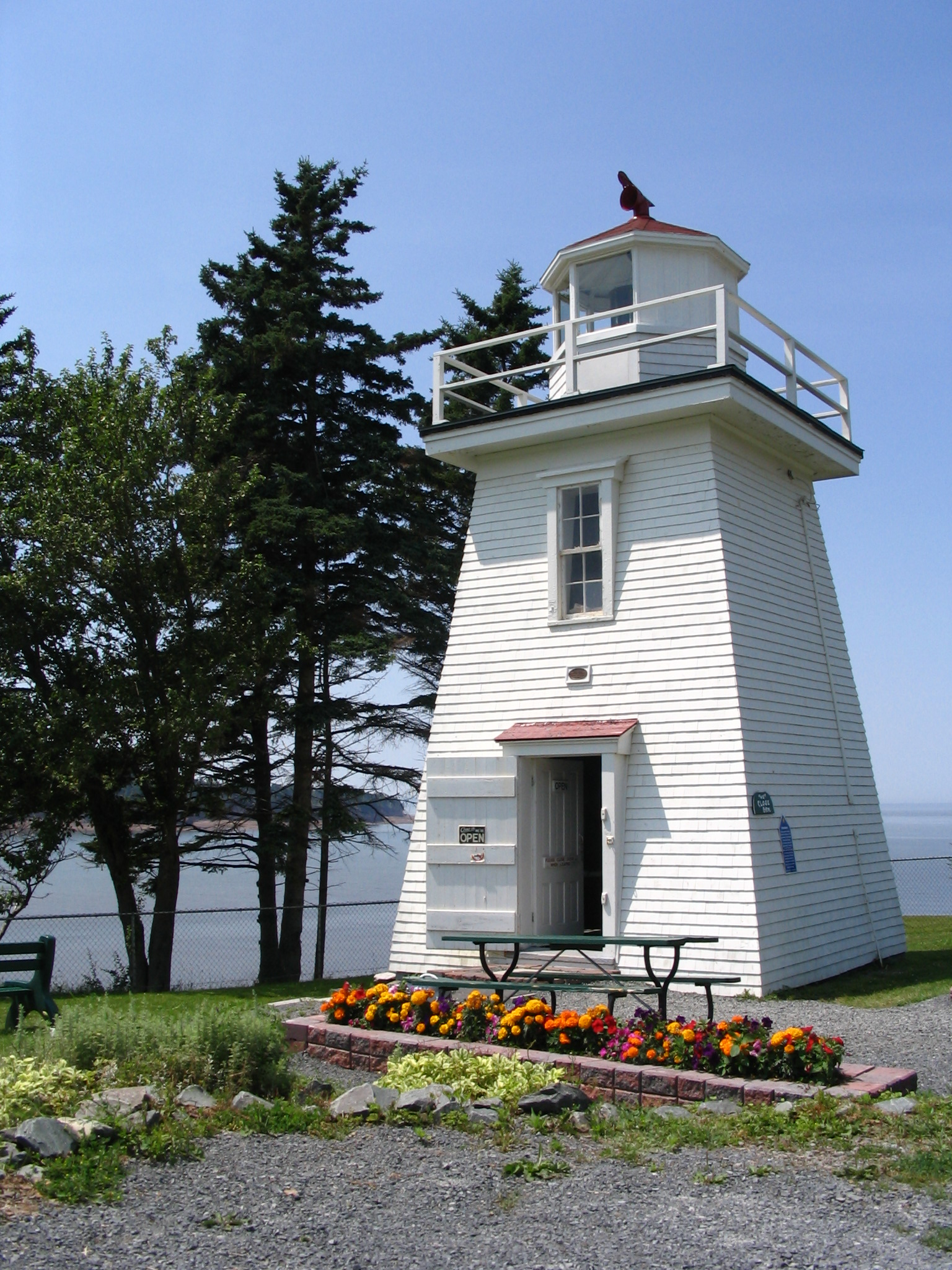 Walton lighthouse, Rt. 215