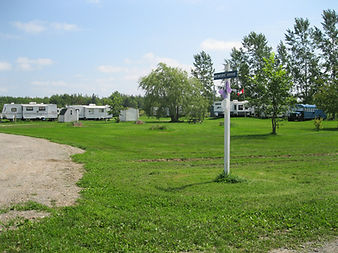 Renfrew Camping Memory Dr sites