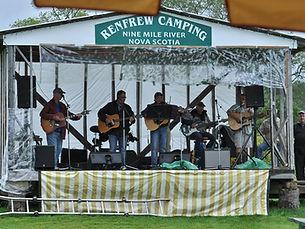 concert at Renfrew Camping