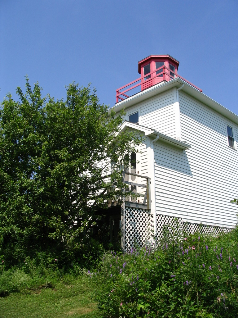 Burncoat Lighthouse, Hwy 215