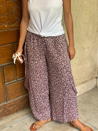 Layla Everyday Pants in Brown