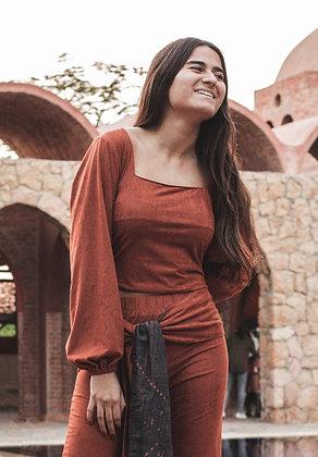 Hana Muse Top in Brick