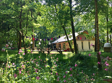 The Green Escape Glamping Surrey.jpg