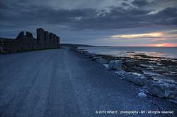 Turn around the ruins by sunset, Inishmore - Aran Islands (Ireland)