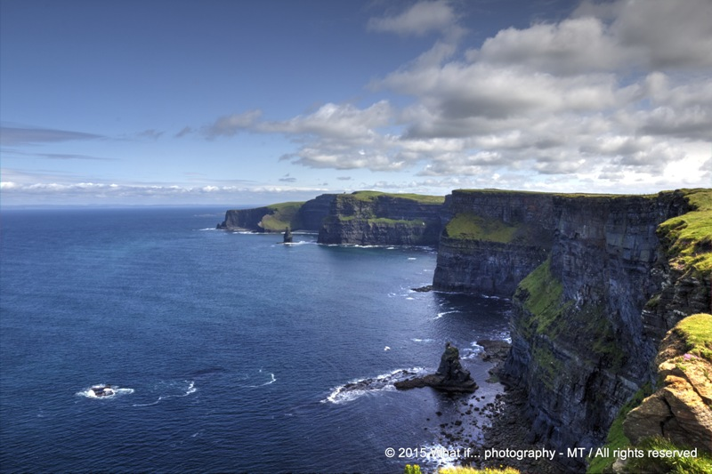 Overal view of Cliffs of Moher (Ireland)