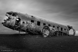 Abandoned_DC_3_plane,_Sólheimasandur
