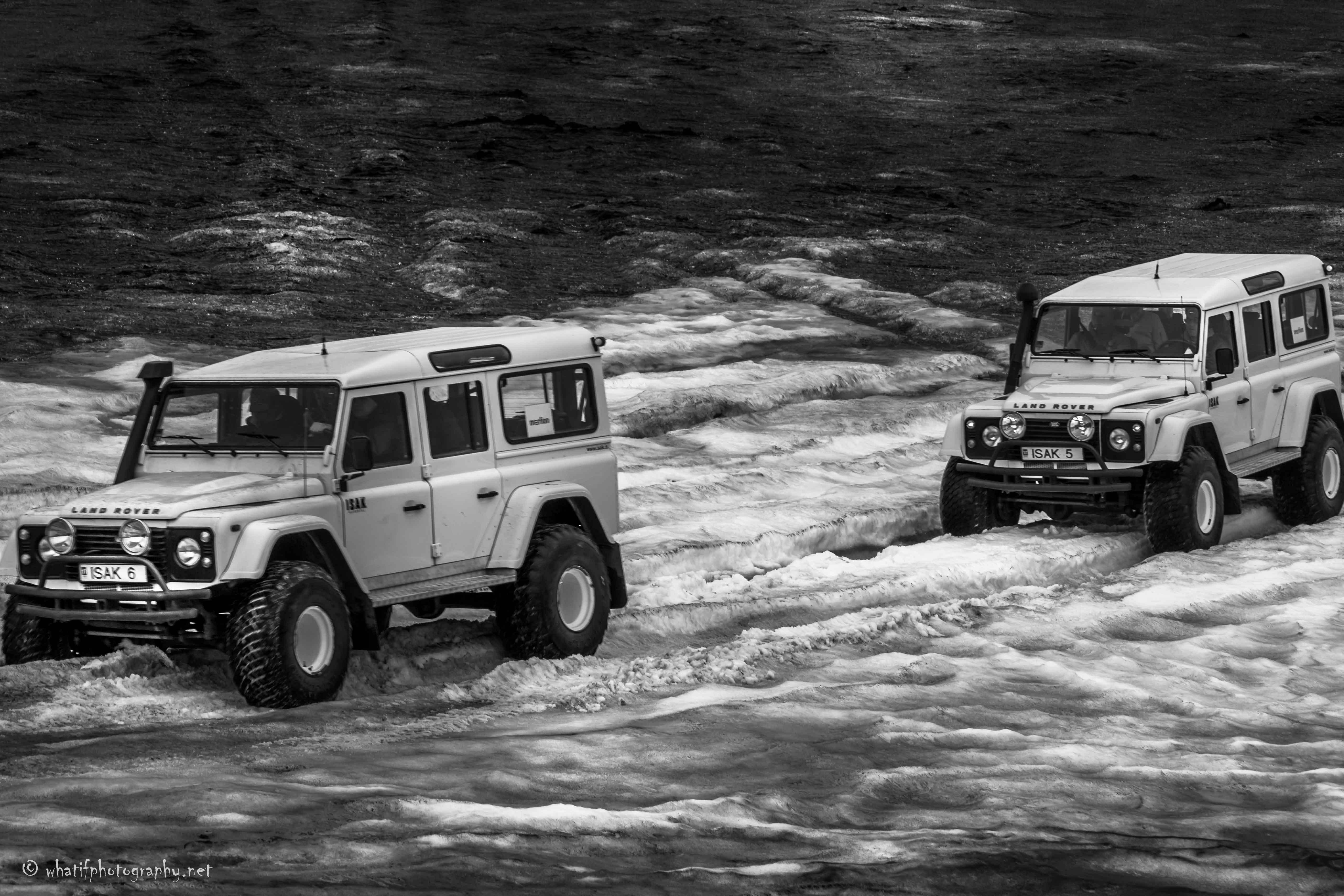 Langjökull_glacier_jeep_expedition