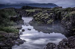 Mysterious_lake,_Þingvellir_National_Par