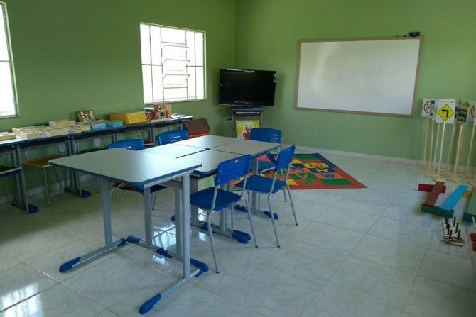 Sala de recursos complementa aprendizado de alunos da rede municipal de ensino em Arantina