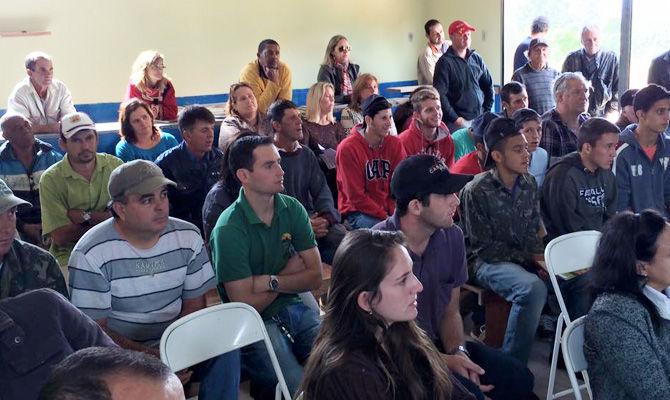 Comunidade do Espraiado sedia 1º Encontro de Produtores Rurais de Arantina