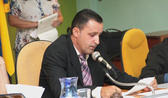 Criação de conselhos escolares deverá ser obrigatória em escolas do município