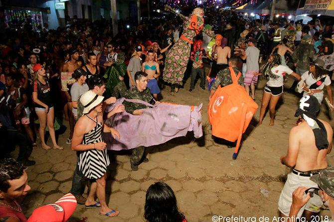 Carnaval arantinense repete sucesso dos anos anteriores