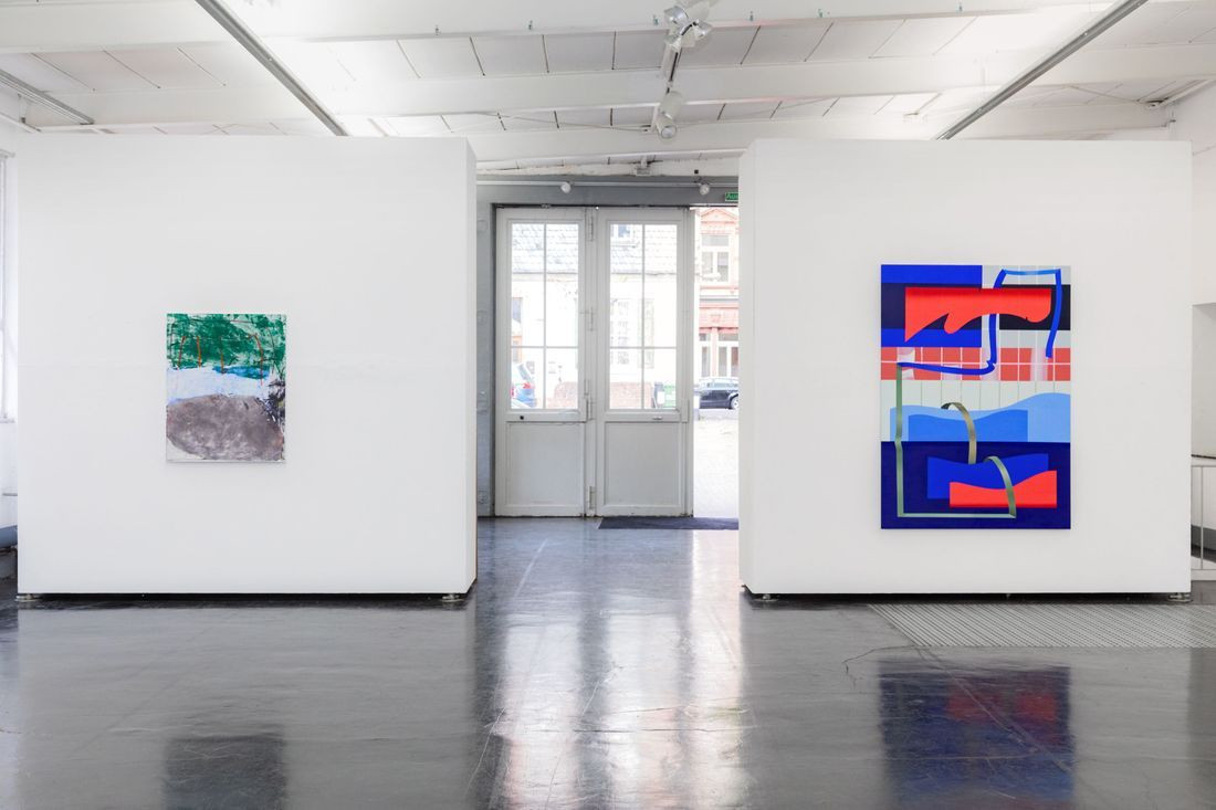 Ina Gerken, Untitled (Imagine Colours), 2018 (left); Anna Nero, Playing Office, 2018 (right)