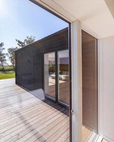 Das schwarze Haus bei SPO - Lässiges Surf Style Ferienhaus für Kitesurfer