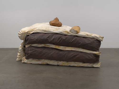 "Claes Oldenburg, ""Floor Cake"", 1962, MoMA, New York."