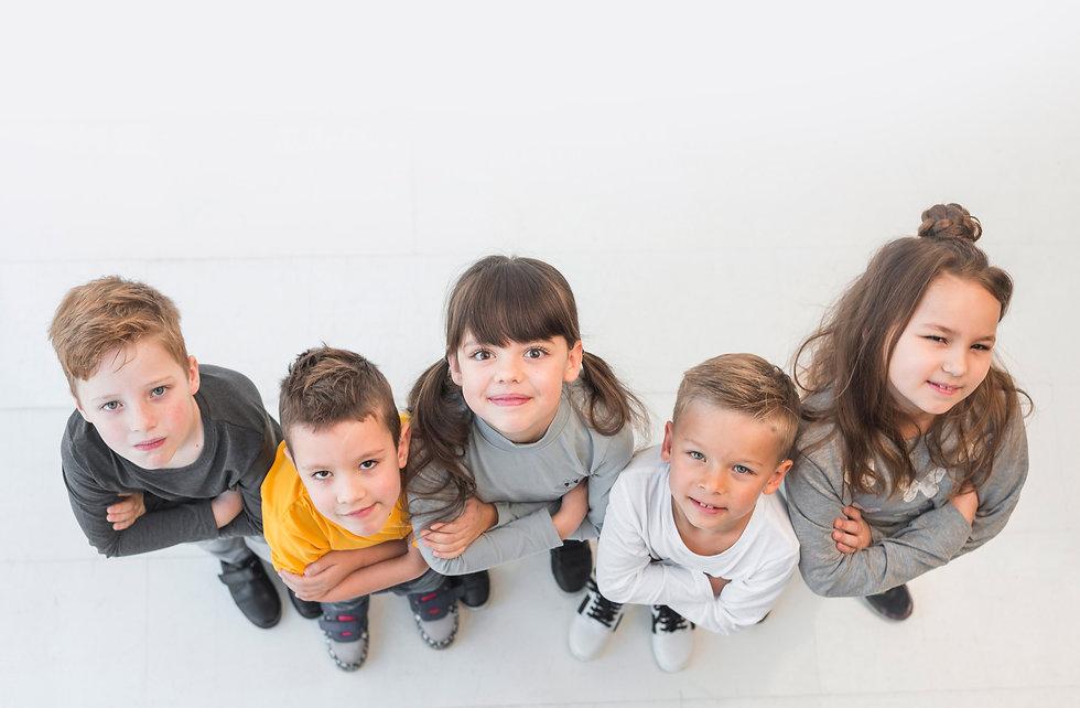 PRAXIS FÜR KINDER- UND JUGENDMEDIZIN | Lina Scharlau & Ralf Alberti · Ihre Fachärzte für Kinder- und Jugendheilkunde · Nordalbingerweg 19, 22455 Hamburg Niendorf-Nord · Tel. (040)5518032 · Fax (040)57008283 · info@kindundjugendpraxis.de