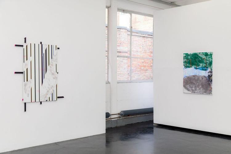Jonas Maas, Untitled, 2015 (left); Ina Gerken, Untitled (Imagine Colours), 2018 (right)