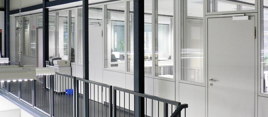 BMW Shanghai · Doppelschalige Glaswand · Trennwandsystem