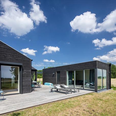 Das schwarze Haus bei SPO - Architektur Ferienhaus an der Nordsee