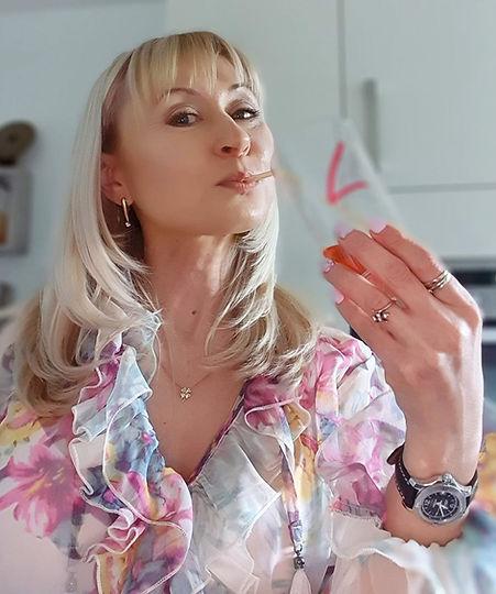 Trink Dich schön | Beauty-Drink eine strahlende Haut und schöne Haare und Nägel | fitline-partner.shop | Premium-Nahrungsergänzungsprodukte online bestellen