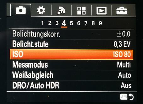 (12)  ISO - Einstellung