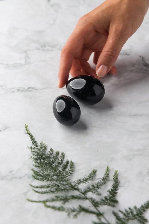 schwarzes Yoni Ei aus Obsidian Edlestein