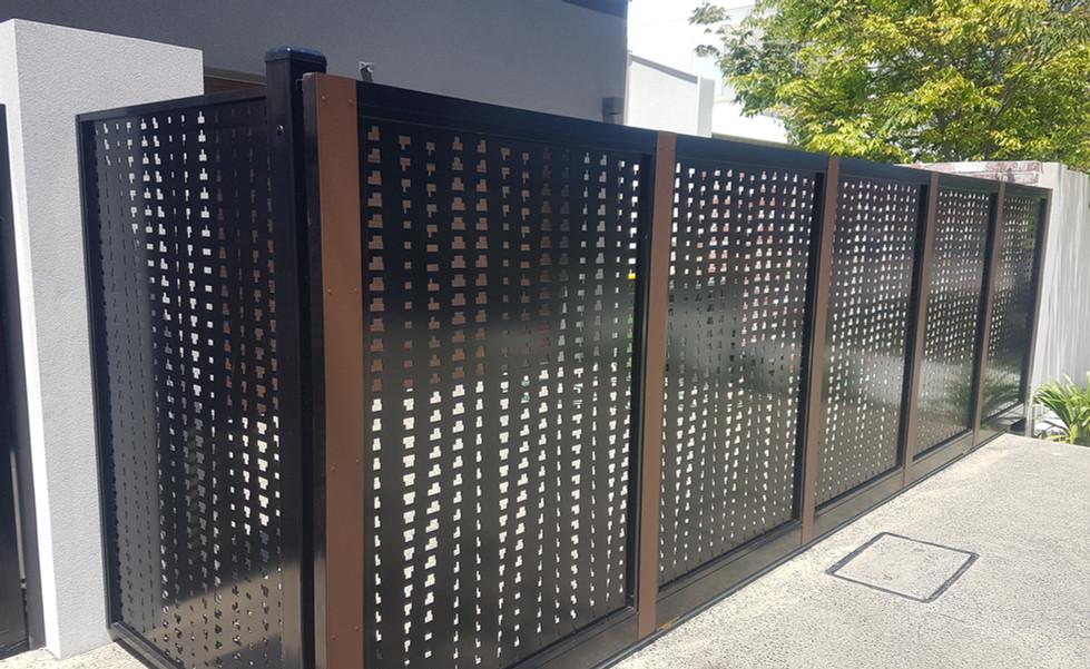 Aluminium Fence - Tall