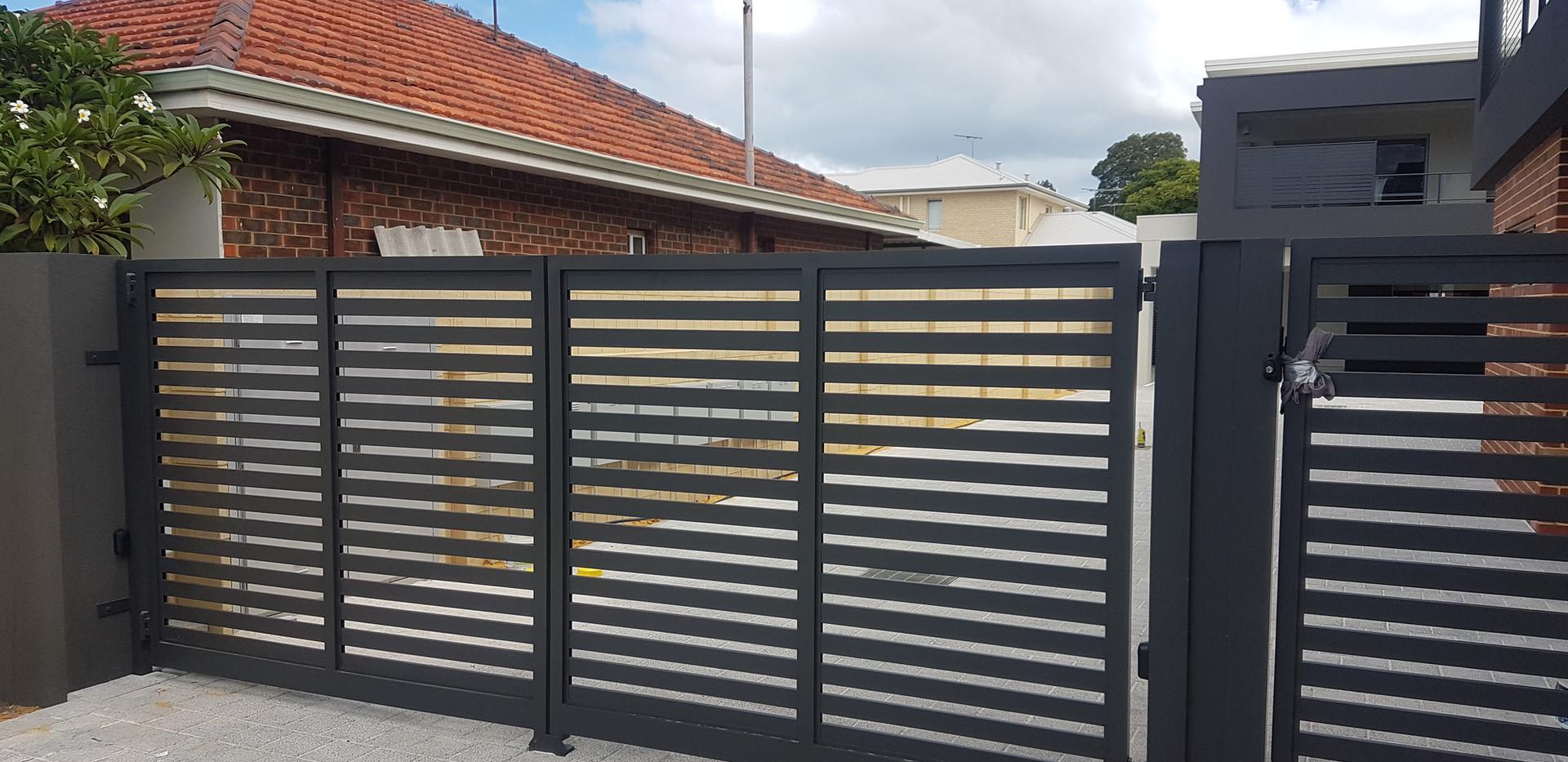 Automatic Gate - Side Gate