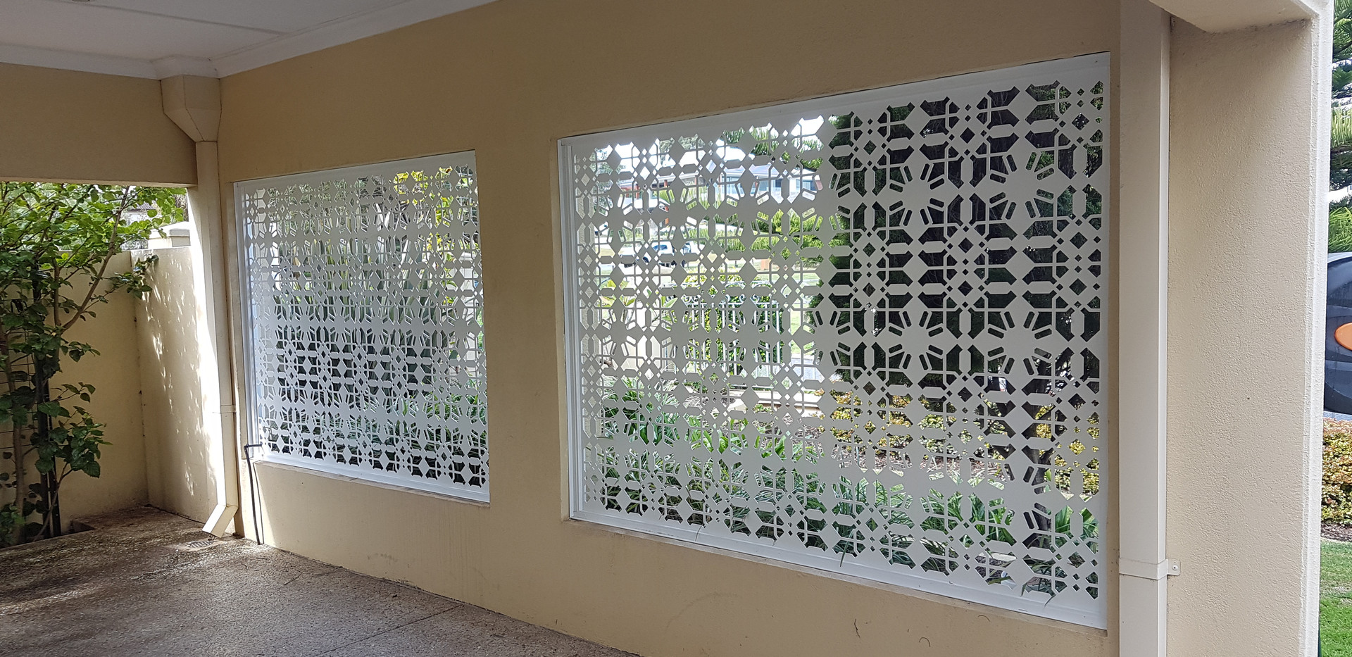 Aluminium Fence - Outside