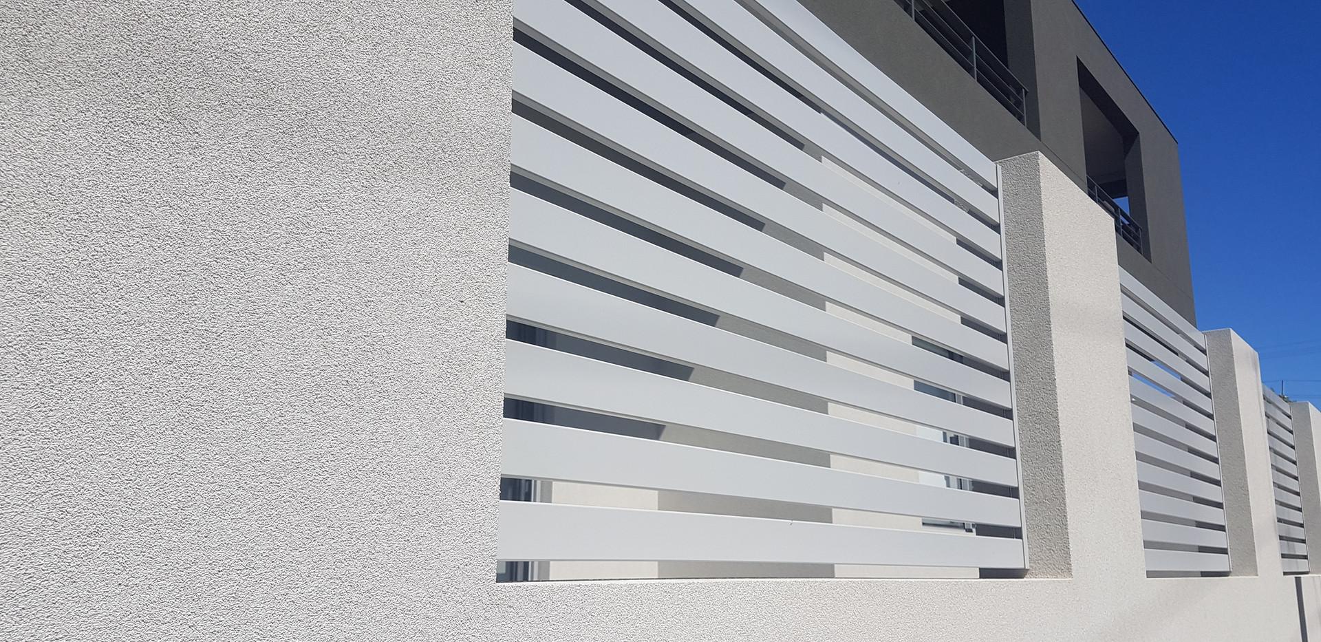 Aluminium Fence - Grey Side View