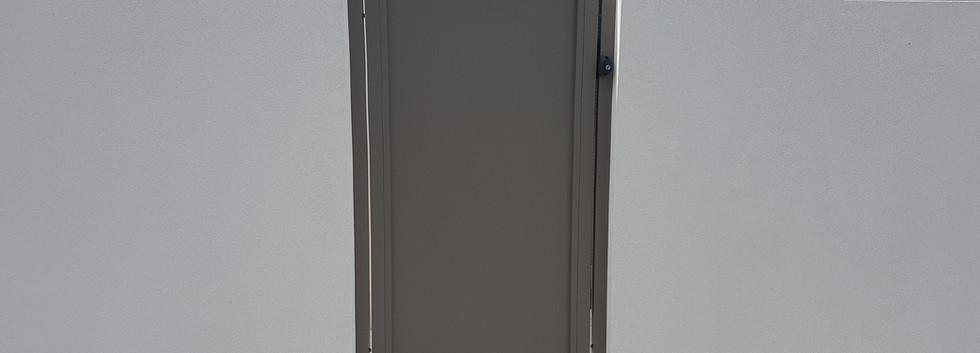 Side Gate - Grey