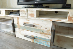 Mueble industrial TV