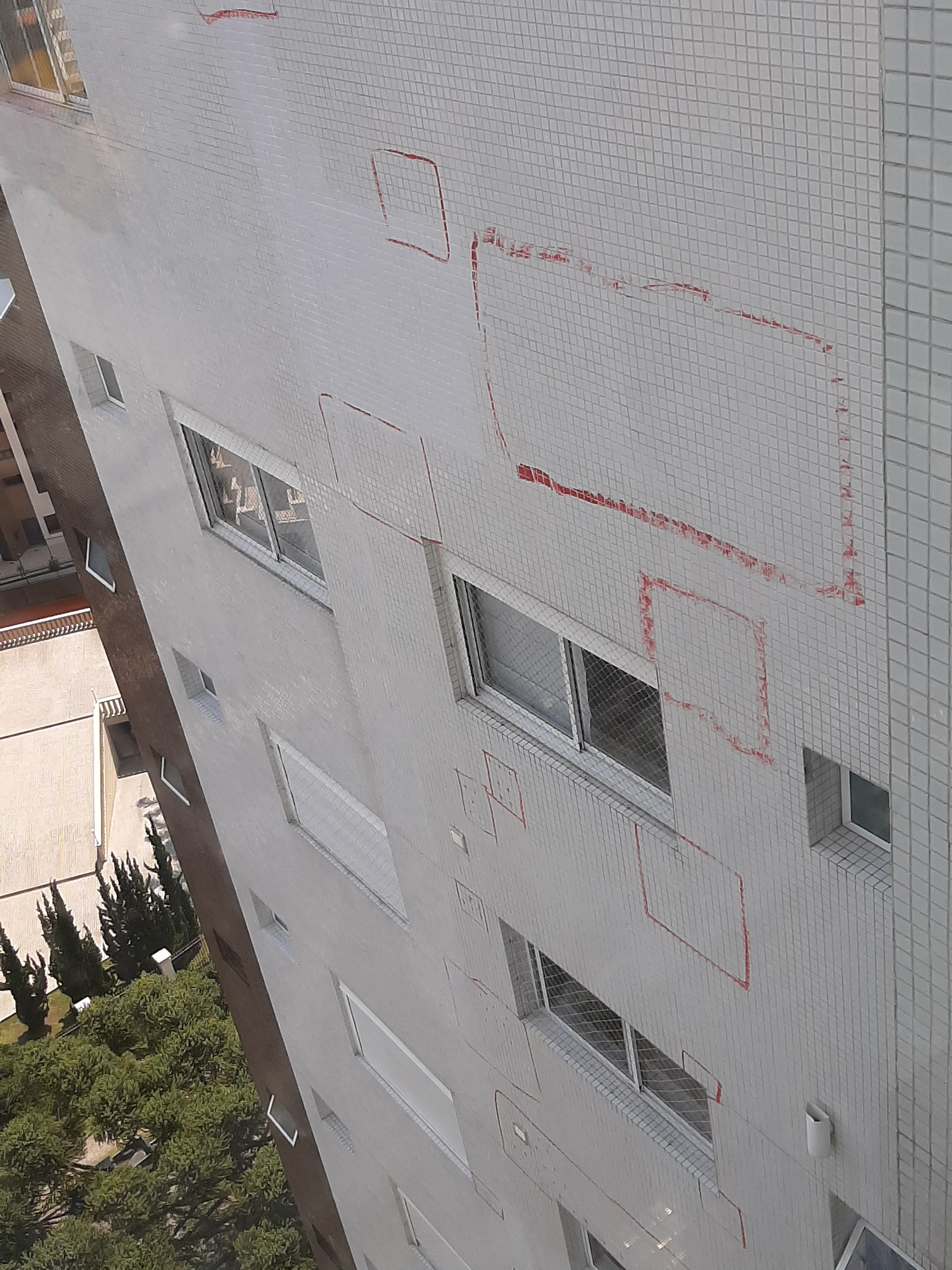 bate choco_patologia fachada_revestiment