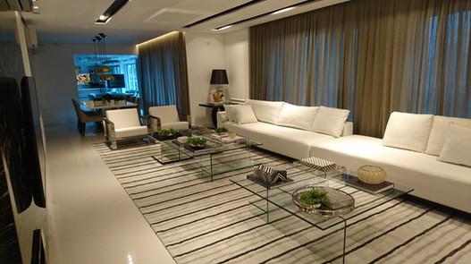 Apartamento Decorado - Edifício Mondrian - Gustavo Fecci