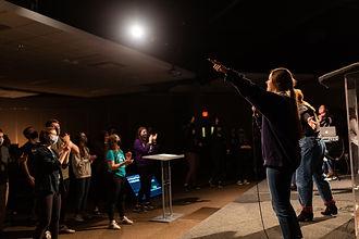 Taylor leading worship.jpeg