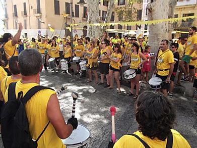 PALMA - Batalla del agua Canamunt y canavall fête locale majorque  bataille d'eau à voir
