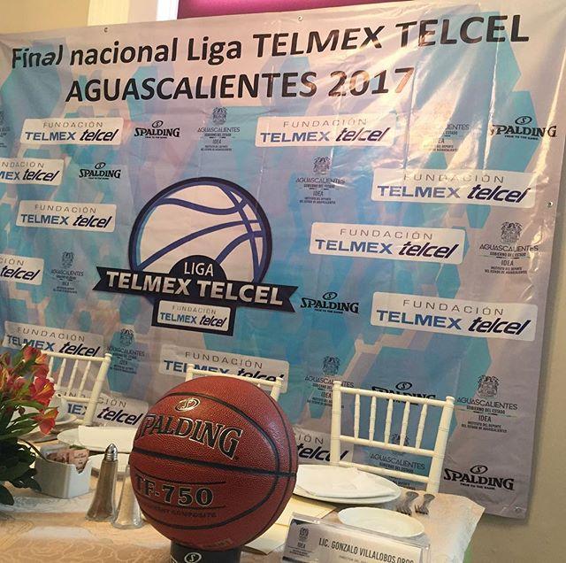 #Spalding balón oficial de la liga TELMEX TELCEL de basquetbol