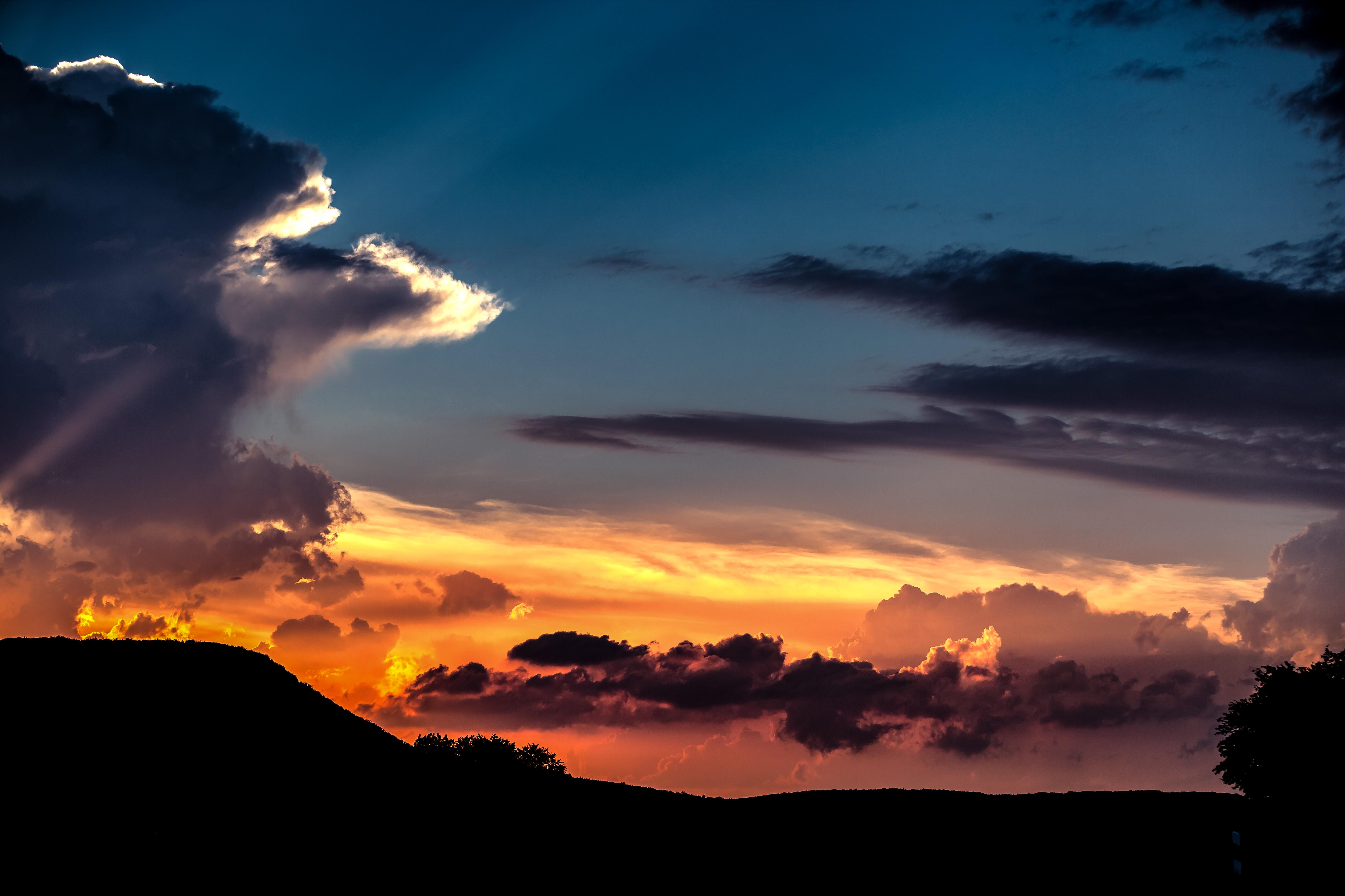 Sunset Seltisber-1
