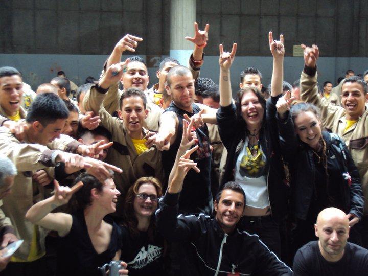Bogotax-Jail-groupphoto